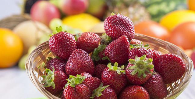 hoy os detallamos los beneficios comunes que las frutas y verduras que comparten color tienen para nuestro