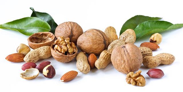 frutos secos con cascara comestible